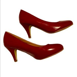 Journey Collection - Sexy Red Pumps
